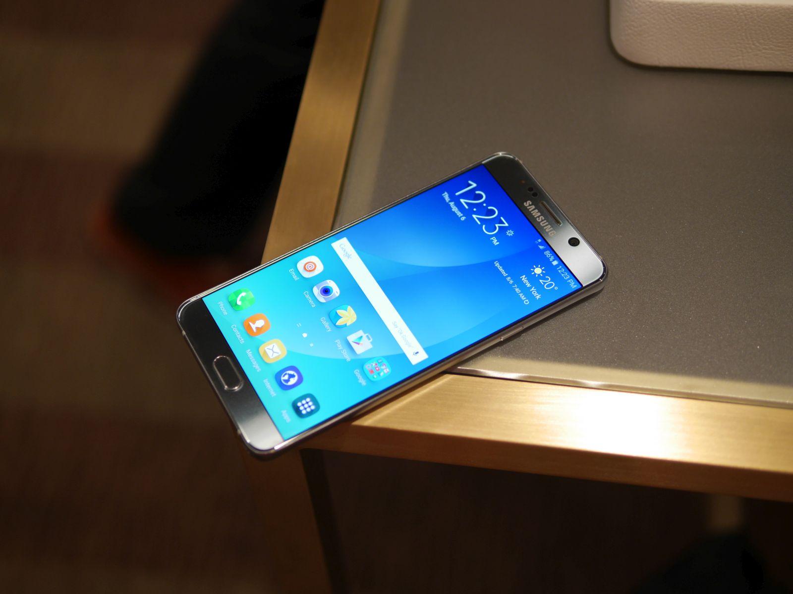 Samsung Galaxy S6 edge Plus 16