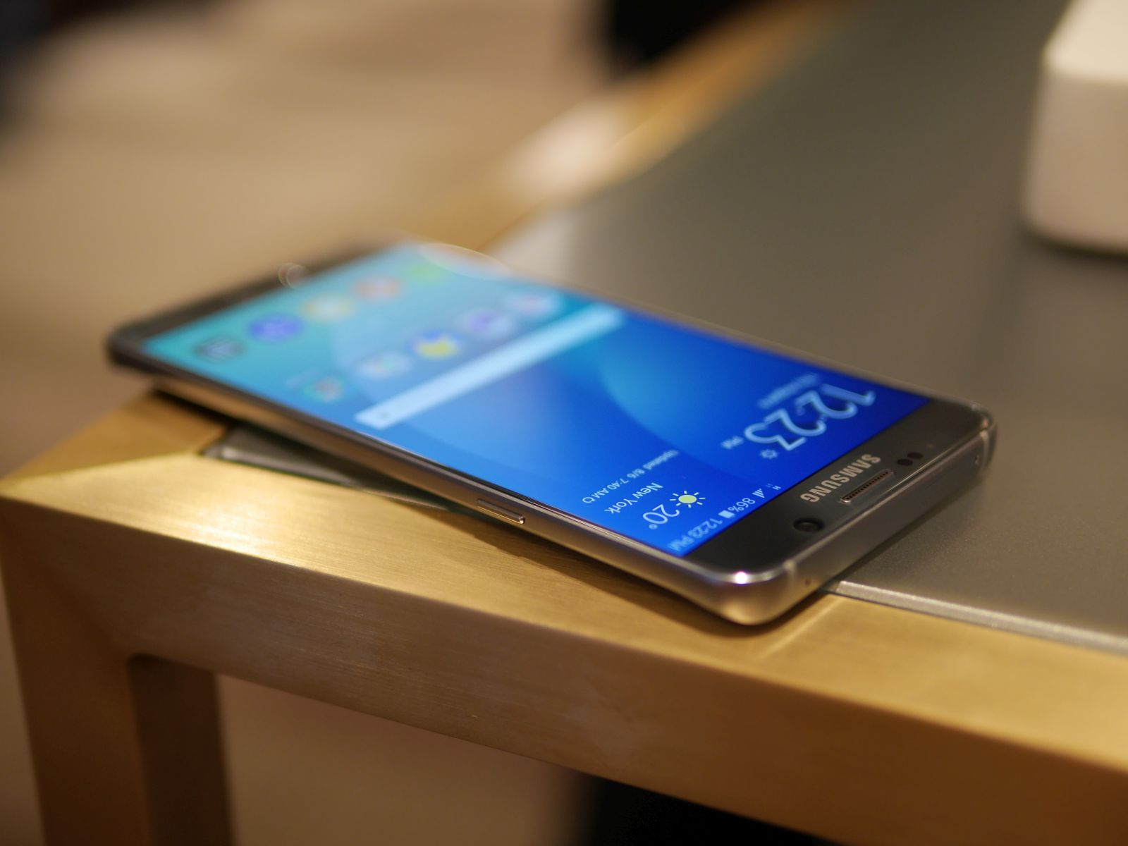 Samsung Galaxy S6 edge Plus 17