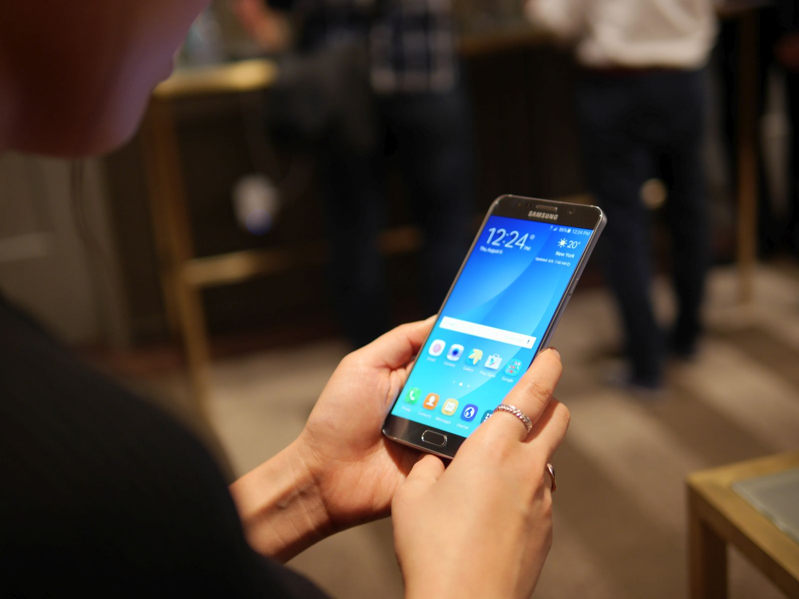 Samsung Galaxy S6 edge Plus 02