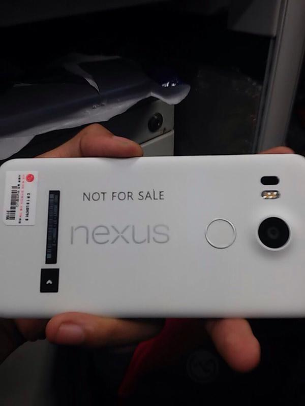 nexus 5 leaked photo