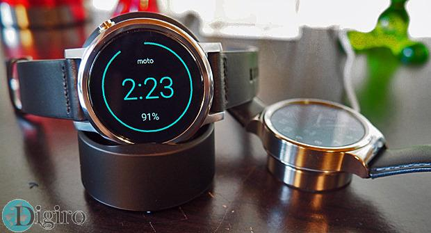 new-moto-360-vs-huawei-watch-chargers-100616306-large.idge