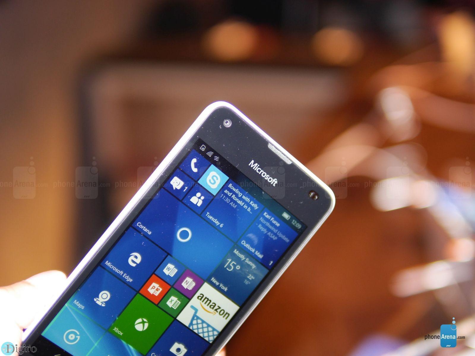 Microsoft-Lumia-550-3