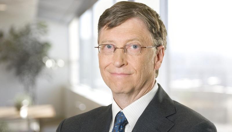 بیل گیتس دارنده ی رتبه ی ششم قدرتمندترین افراد و رتبه اول ثروتمندترین فرد در جهان