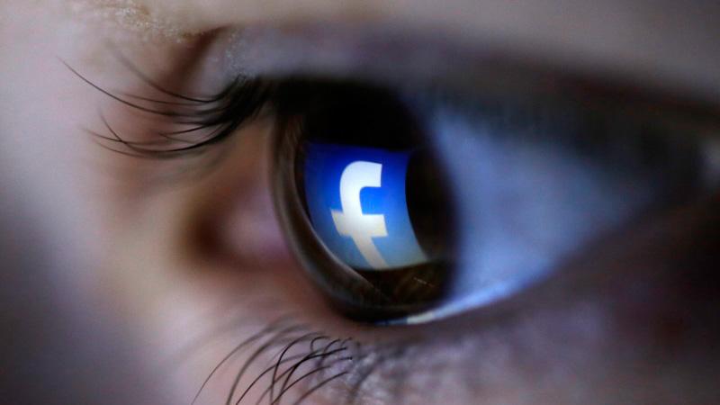 بررسی دلایل ورود دوباره به فیسبوک با اینکه از آن متنفرید!