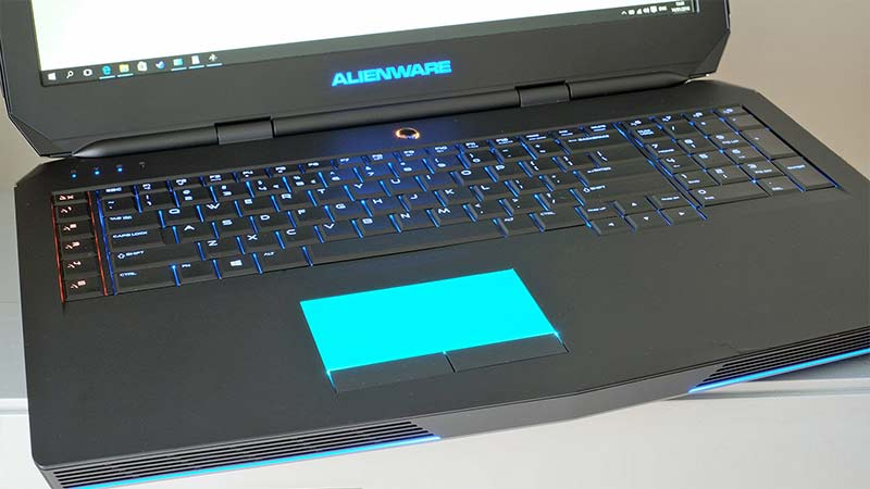 بررسی لپ تاپ alienware17