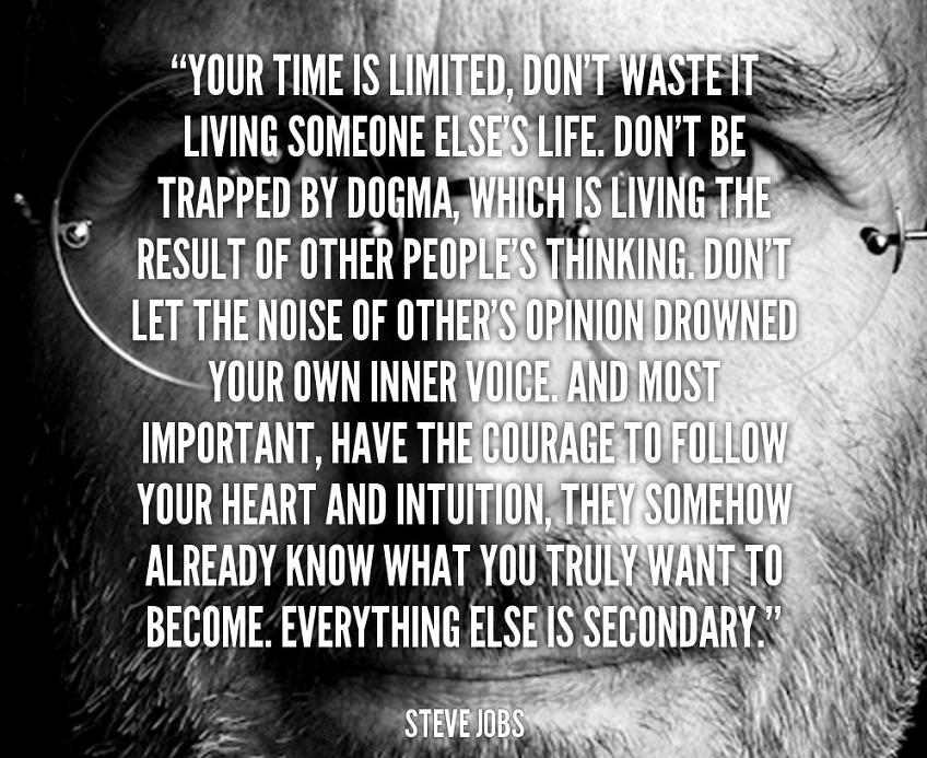 استیو جابز، از بنیانگذاران اپل