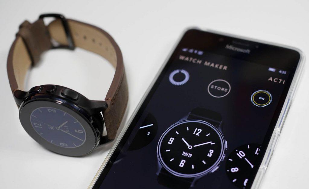 ساعت هوشمند ویندوزی