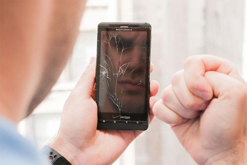 از کار افتادن صفحه لمسی گوشی