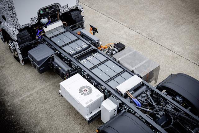 کامیون الکتریکی، افتخاری دیگر از شرکت مرسدس بنز