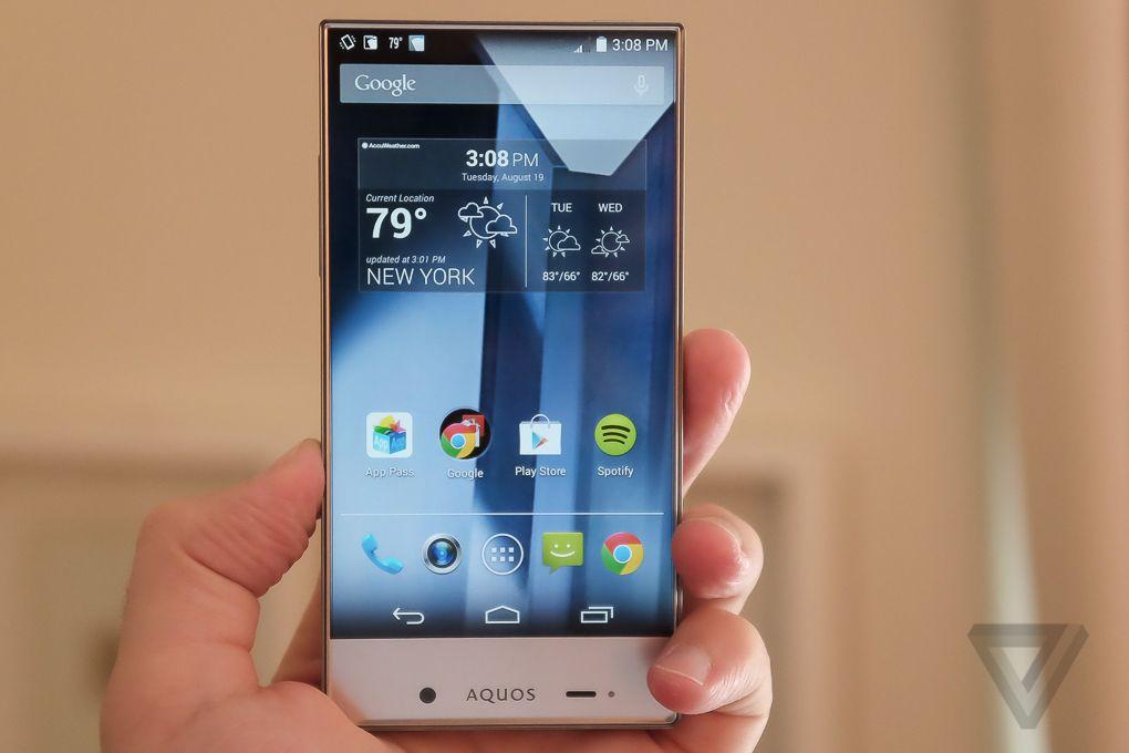 تلفن هوشمند شارپ آگوس کریستال (تولید سال 2014)