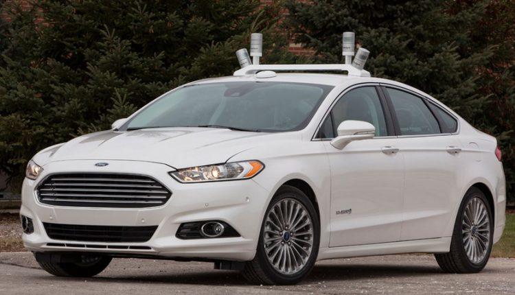 کمپانی فورد تا سال 2021 اتومبیلهای تمام خودران عرضه میکند