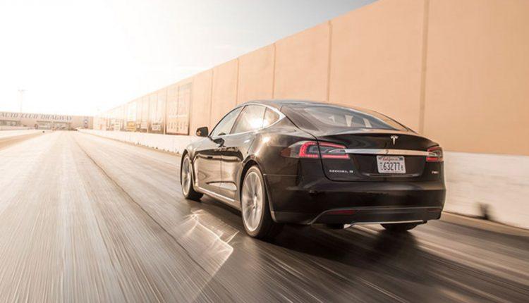 هک خودرو الکتریکی تسلا Model S