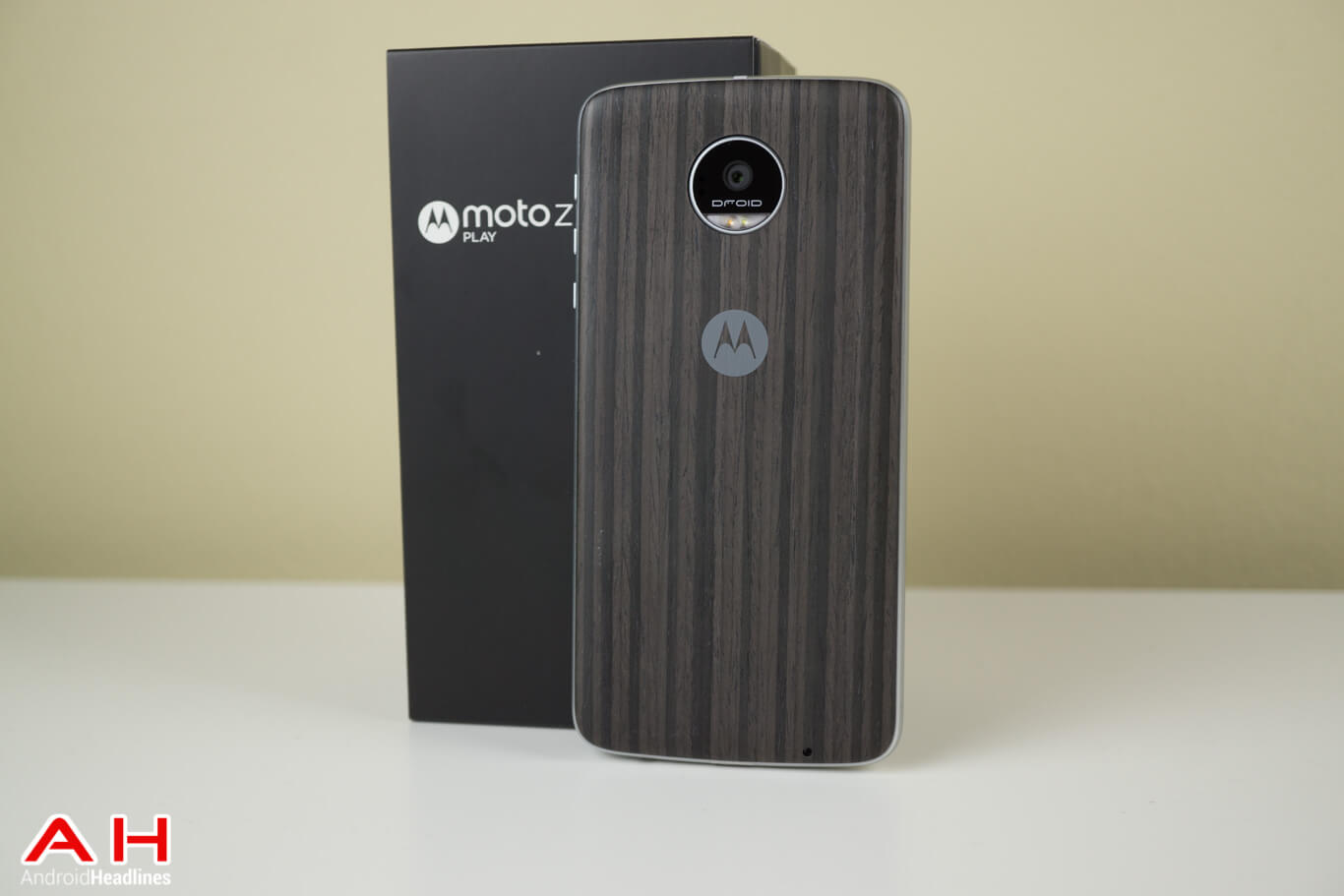 Moto-Z-Play-Review-AM-AH-16