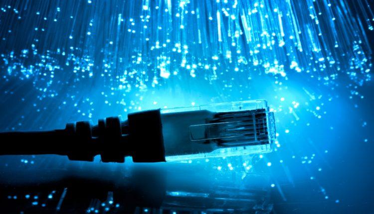 سرعت اینترنت ایران 2 برابر میشود