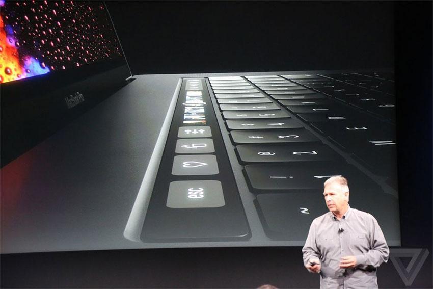 رویداد مک بوک اپل