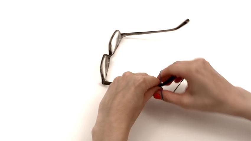 عینک (تصویر 1)  خلاقیت کده؛ کاربردهای خلاقانه کشهای لاستیکی Glasses 01