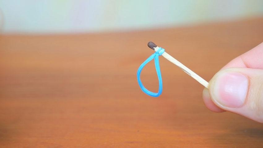 روشن کردن کبریت با استفاده از کش (تصویر 10)