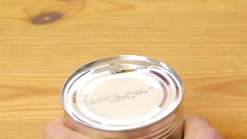 باز کردن قوطی کنسرو با قاشق (تصویر 7)
