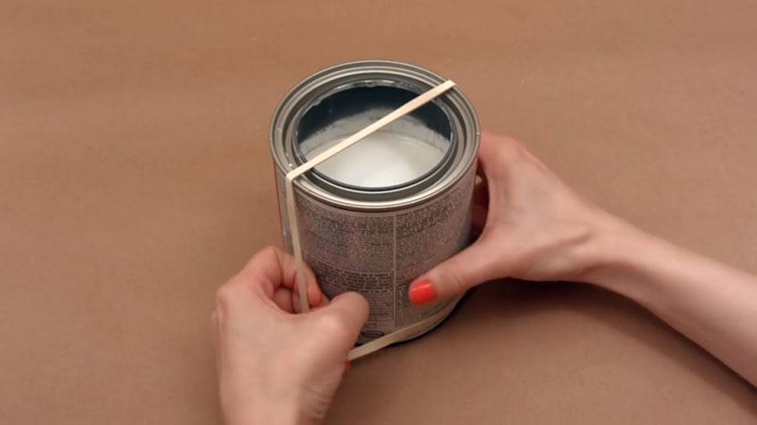 قوطی رنگ (تصویر 2)  خلاقیت کده؛ کاربردهای خلاقانه کشهای لاستیکی Paint Can 02