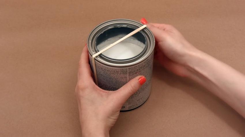 قوطی رنگ (تصویر 3)  خلاقیت کده؛ کاربردهای خلاقانه کشهای لاستیکی Paint Can 03