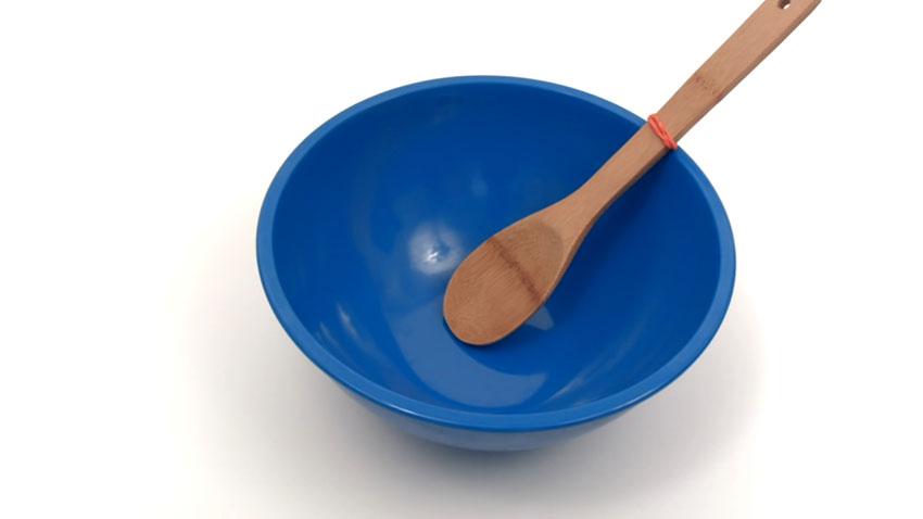 قاشق چوبی (تصویر 6)  خلاقیت کده؛ کاربردهای خلاقانه کشهای لاستیکی Spoon 06