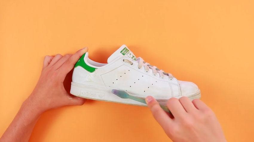 تمیز کردن کفشها (تصویر 3)