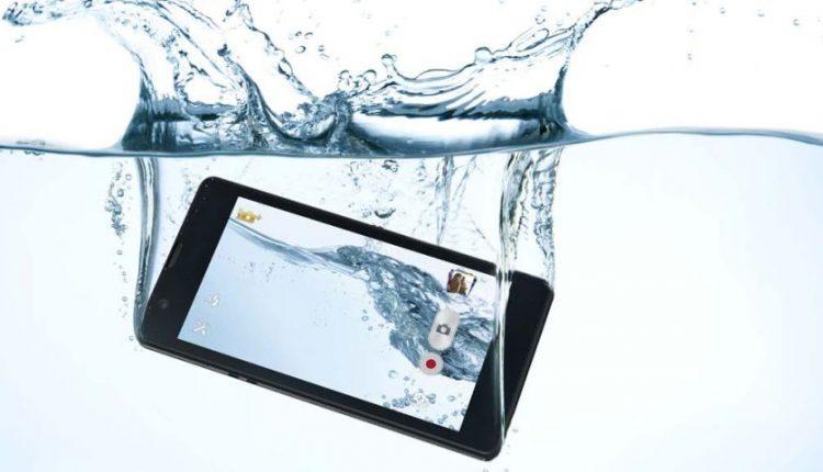 مقاوم ترین گوشی های اندرویدی در برابر آب