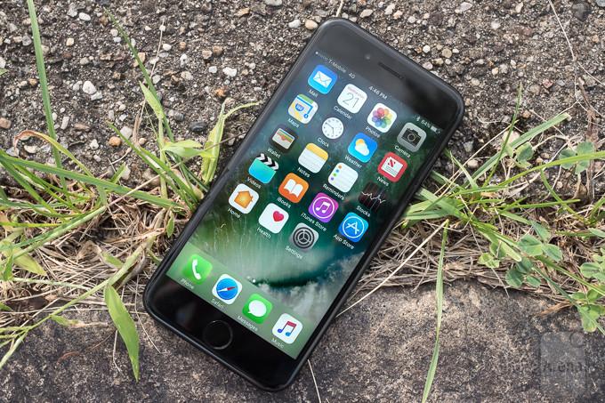 نگاهی به تعمیر پذیرترین گوشی های سال 2016