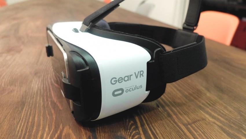 سامسونگ در حال ساخت دو هدست واقعیت مجازی جدید است