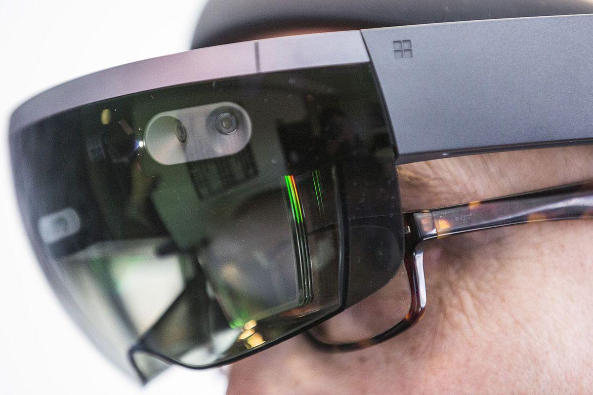 آینده درخشان مایکروسافت در سال 2017 به لطف نوآوری های این کمپانی