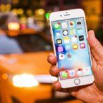 نسخه 10.2 سیستم عامل iOS اپل مشکل باتری آیفون را تشدید می کند