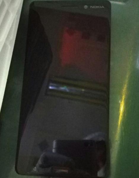 تصویری از پنل جلوی گوشی میان رده نوکیا به بیرون درز کرد