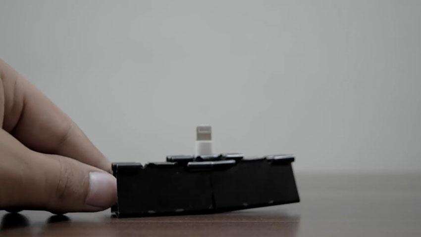 ساخت پایه گوشی با استفاده از گیره کاغذ (تصویر 20)
