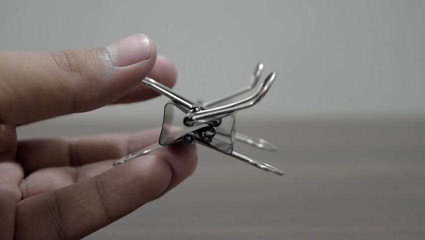 ساخت پایه گوشی با استفاده از گیره کاغذ (تصویر 44)