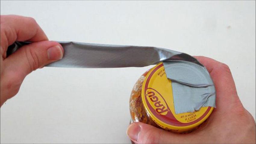 باز کردن درب سفت ظروف شیشهای (تصویر 3)