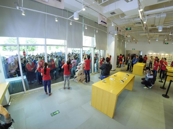 Images-from-the-Xiaomi-Mi-Note-Pros-launch-in-China