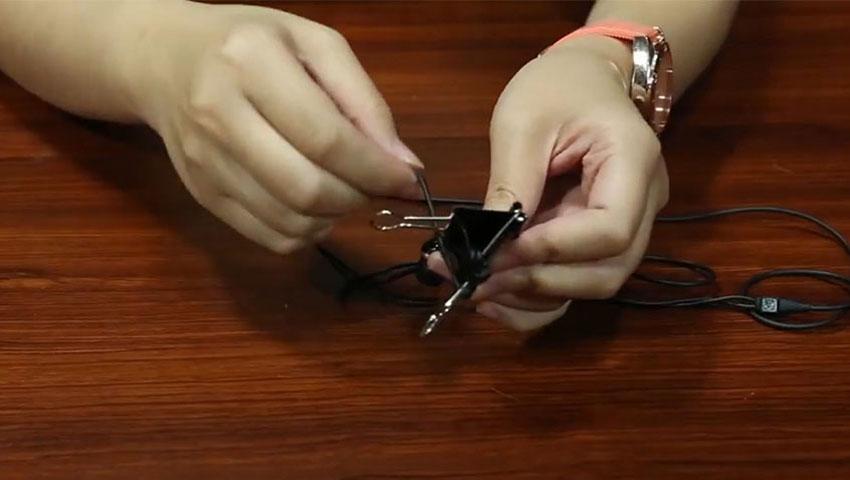 استفاده از گیره کاغذ برای مرتب کردن هدفون (تصویر 4)
