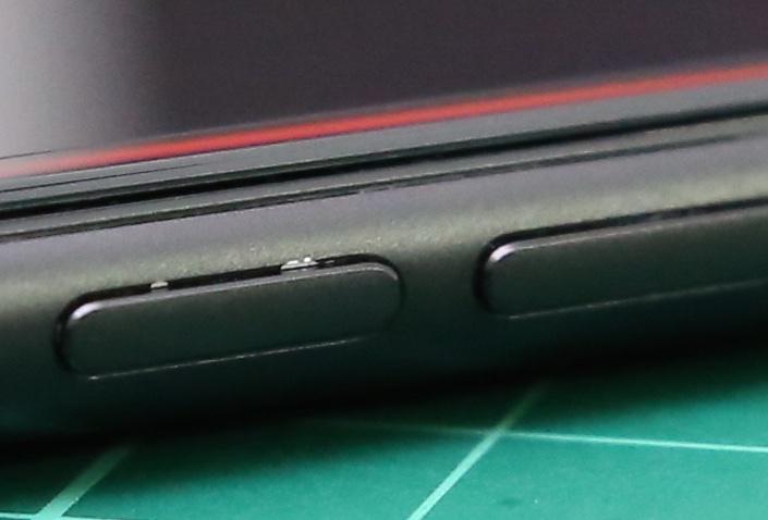 Matte-Black-iPhone-7