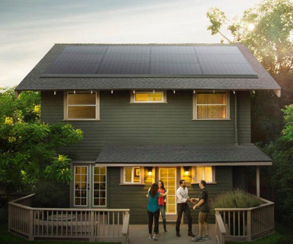 پنل های خورشیدی جدید Tesla سقف شما را زشت نمی کند