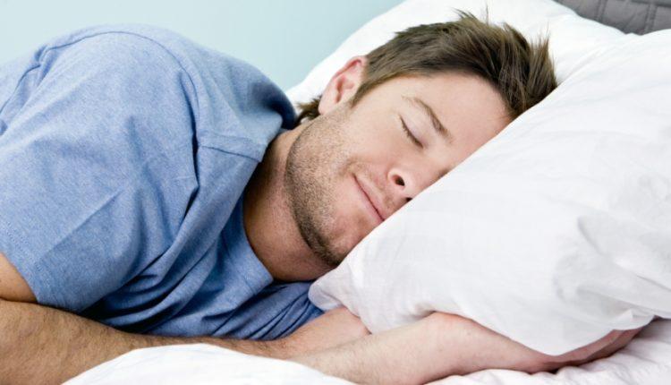 تاپ 10: با ده راهکار خوب که به افزایش کیفیت خواب شما کمک می کند آشنا شوید
