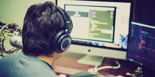 با بهترین زبانهای برنامهنویسی برای پلتفرمهای مختلف آشنا شوید