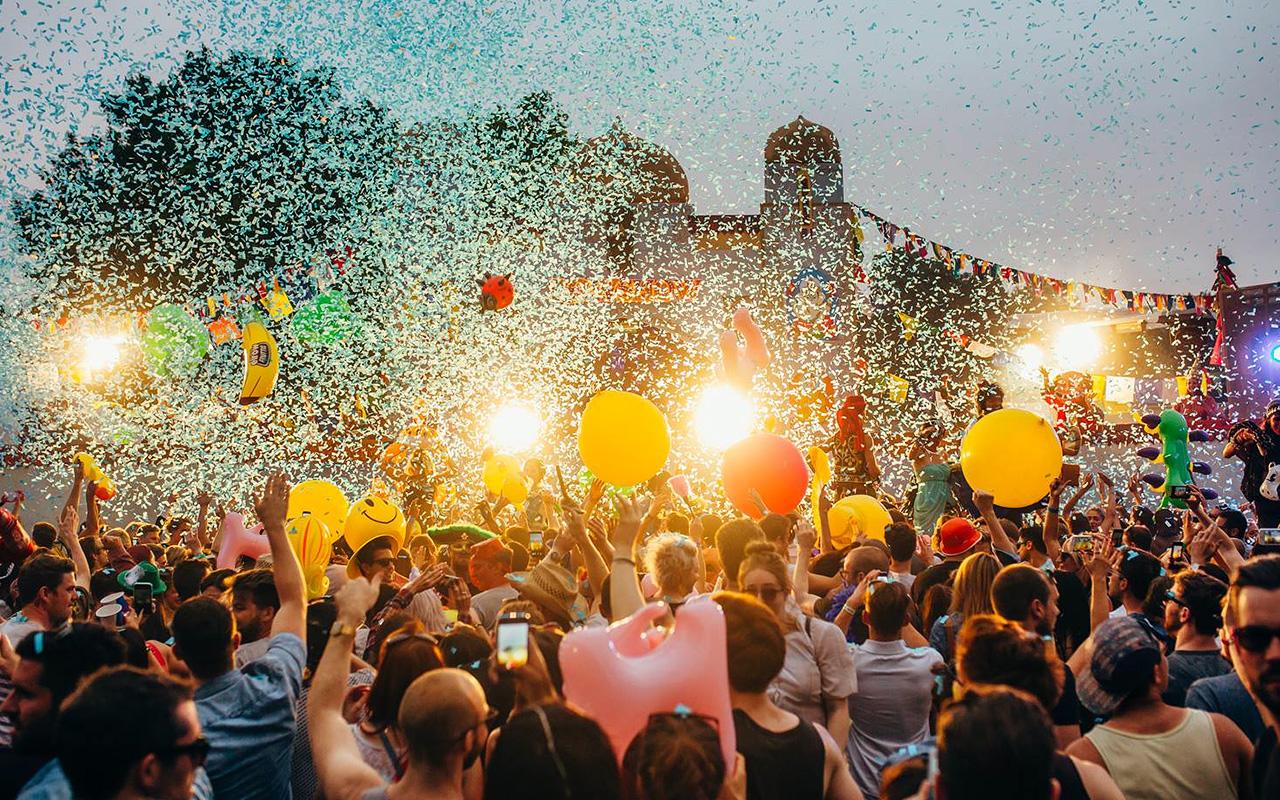 جشنواره های هیجان انگیز مالزی و گرجستان