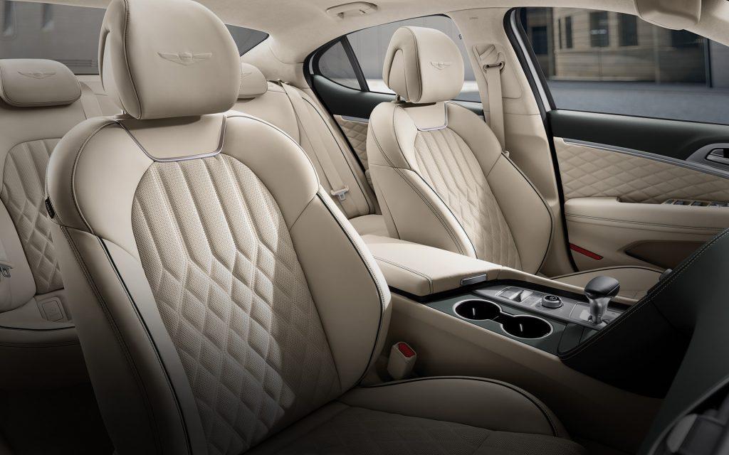 G70 Interior01 1024x640 - نگاهی به هیوندای جنسیس G70 مدل 2019