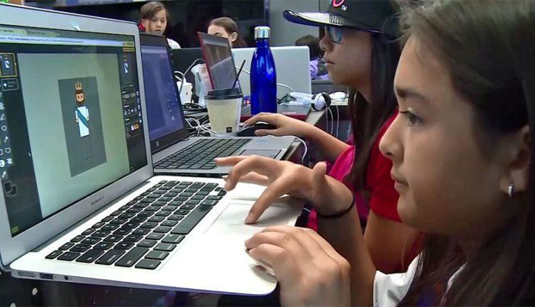 کمپ پلیاستیشن دختران را برای ورود به عرصه بازیسازی آماده میکند