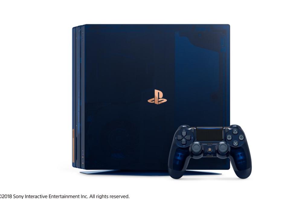 سونی از کنسول بازی PS4 Pro 500 Million Limited Edition رونمایی کرد
