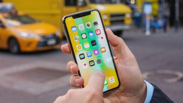 iphone x outside 600x338 - چرا قیمت آیفونها و گوشیهای اندرویدی سال به سال بیشتر میشود؟