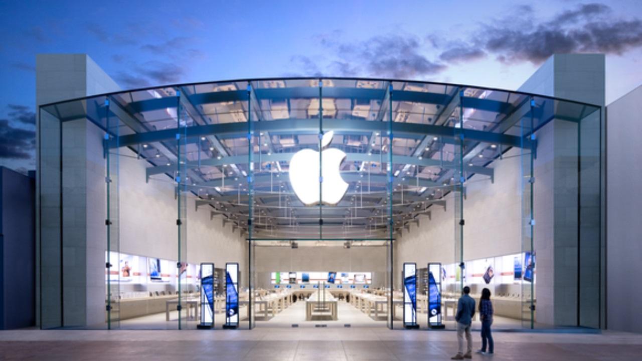 اپل هم از سیاست های ترامپ و راه اندازی جنگ اقتصادی با چین گلایه کرد