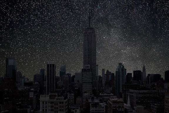 نیویورک، ایالات متحده آمریکا در 2010-10-13 ساعت 0:04