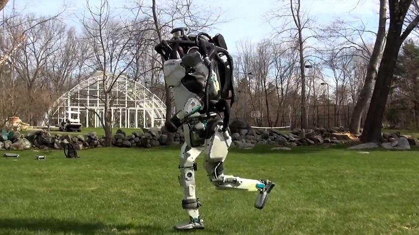 ربات انساننمای Atlas بوستون داینامیکس پارکور کار شد