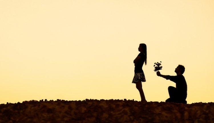 نشانه های عشق یک طرفه